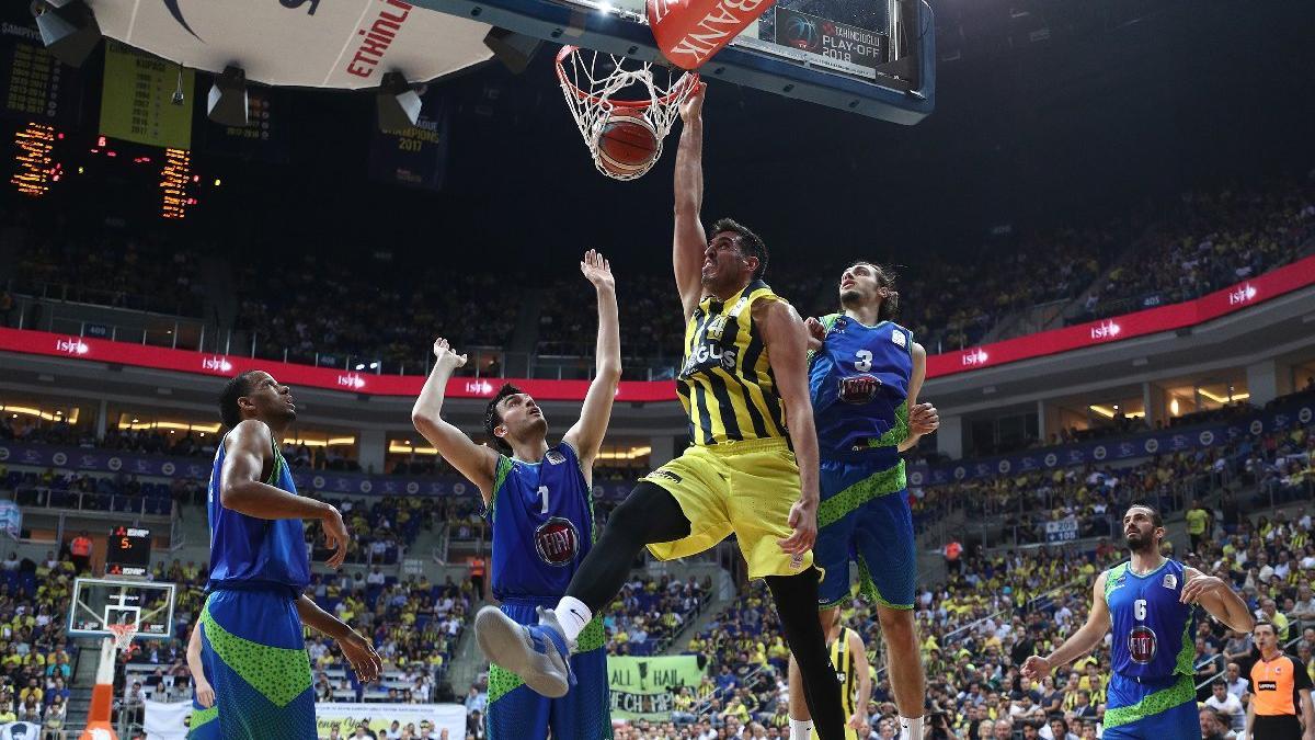 Baskette dev mücadele! Olympiakos Fenerbahçe maçı hangi kanalda, saat kaçta?