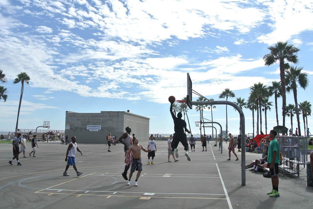 Venice Beach Los Angeles'ta Sabah Gezintisi