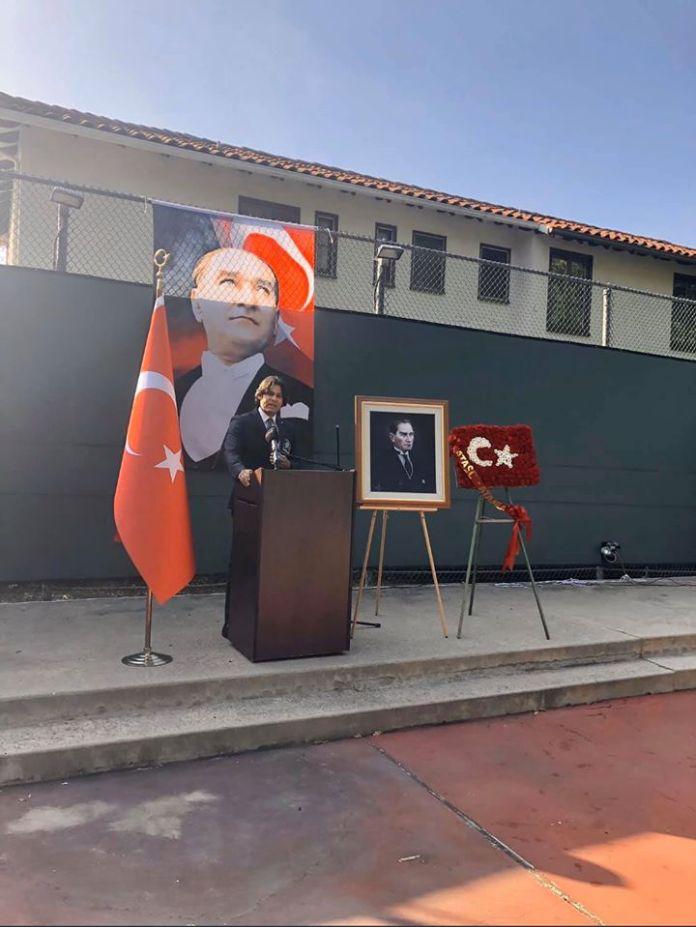 Ataturk-Los-Angeles-Anma-1