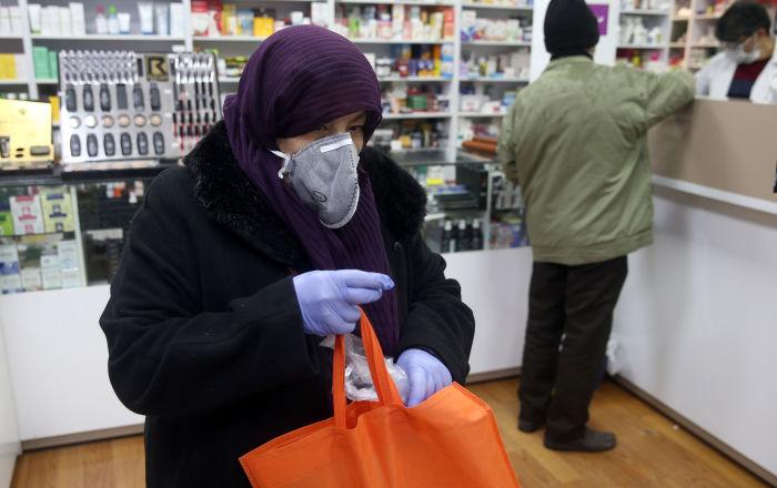 İran Cumhurbaşkanı: ABD yönetimi korku virüsü yaymaya çalışıyor