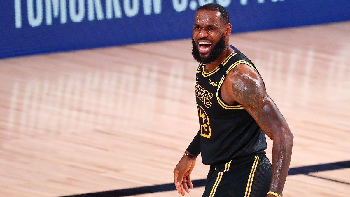 NBA'de yılın en iyi 5'leri belli oldu! LeBron James rekor kırdı