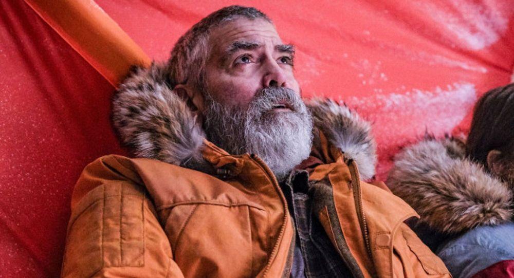 Rolü için 28 kilo veren George Clooney hastaneye kaldırıldı