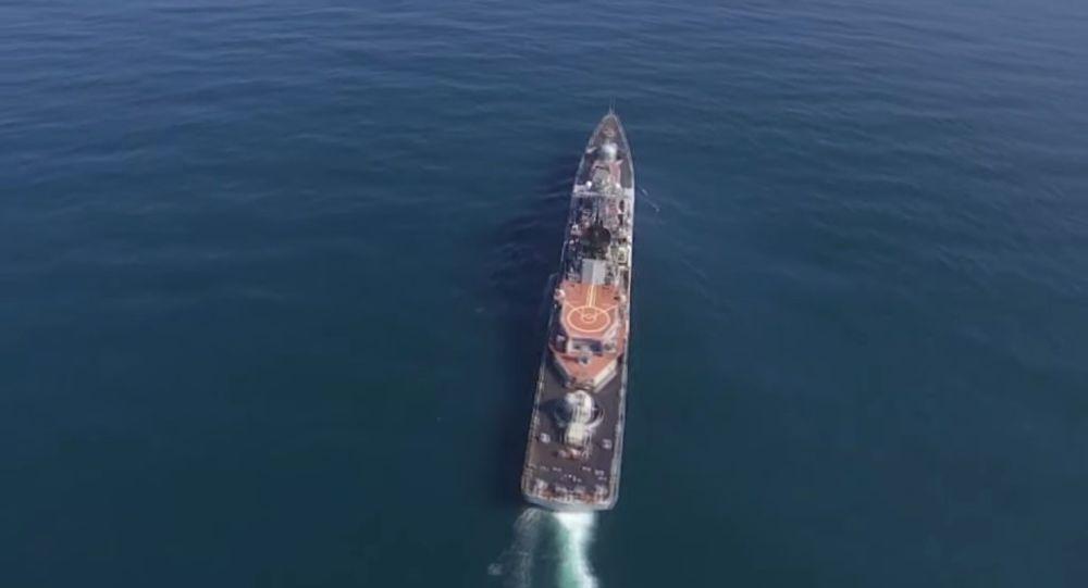 National Interest yazarı Karadeniz'e hakim olan Rus gemilerini sıraladı