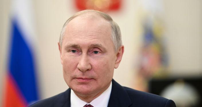 Putin, Kerry ile telefonla görüştü: Paris İklim Anlaşması'nın hedeflerine ulaşılmasına önem veriyoruz
