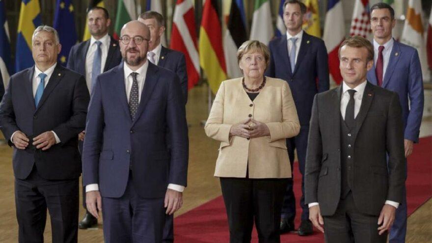Merkel toplantıya son kez katıldı! Yaşanan krizle ilgili çağrıda bulundu