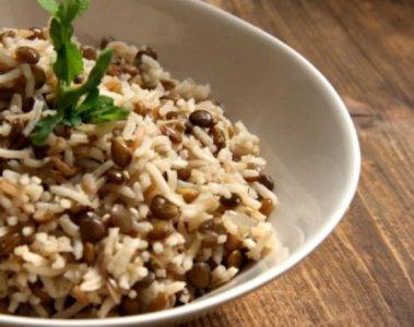 """اكلة شامية من العدس """" مجدرة الأرز والعدس """""""