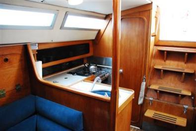 True Blue - Alba Sailing