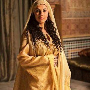Fotograma serie TV Isabel - Alba García