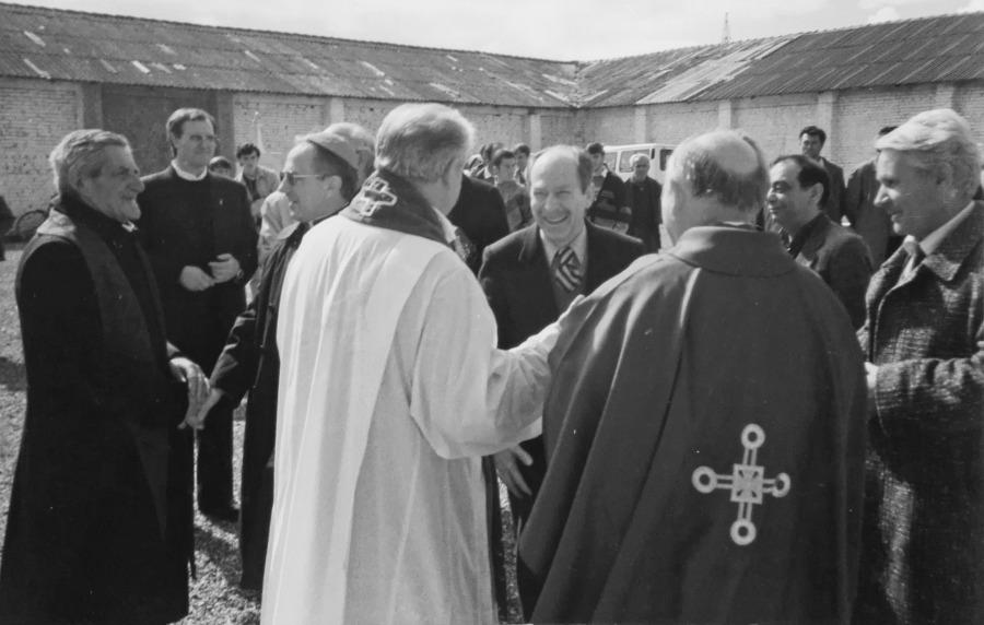 Arameras - La consacrazione della Chiesa