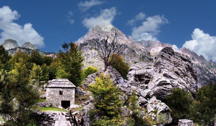 Le Alpi albanesi, Il Vecchio Mulino Theth