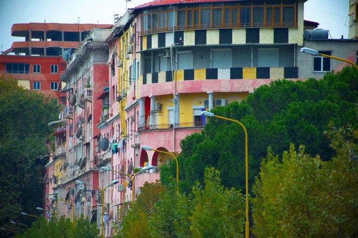 Edifici Colorati Di Tirana
