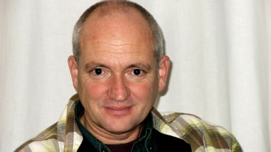 Dr. Robert Elsie