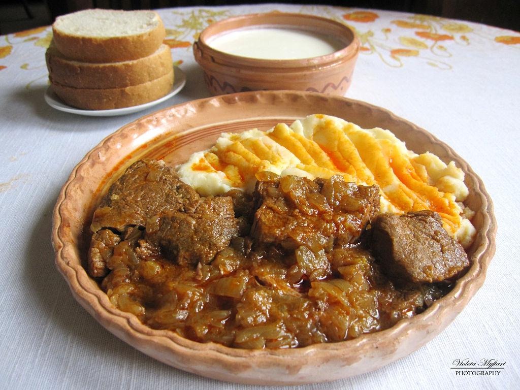 Fabuleux Lo Jahni. Un ottimo piatto tradizionale albanese ML31
