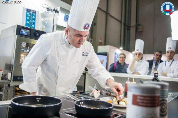 Fundim Gjepali Padam Chef Albanese Cuoco Albanese