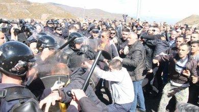 Protesta Albanesi Contro Polizia
