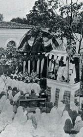 """Jäckh117: """"Albanian townswomen at a Catholic mass"""" (Photo: Ernst Jäckh, ca. 1910)."""