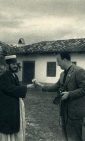 GM059: Baba Ali Myrteza (left) and Giuseppe Massani (right) at the Bektashi teqe of Fushë Kruja (Photo: Giuseppe Massani, 1940).