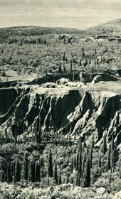 GM094: Landscape in Himara (Photo: Giuseppe Massani, 1940).