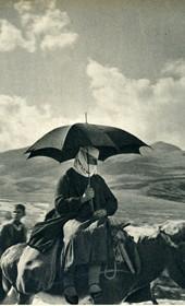 GM111: Woman on horseback near Gjirokastra (Photo: Giuseppe Massani, 1940).