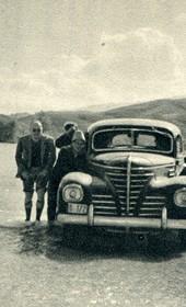 GM121: Giuseppe Massani (left) and his car crossing a flooded valley near Saranda (Photo: Giuseppe Massani, 1940).