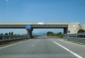 Vierspruige Autobahn in Nordalbanien