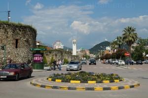 Boulevard, Hauptstrasse und Glockenturm