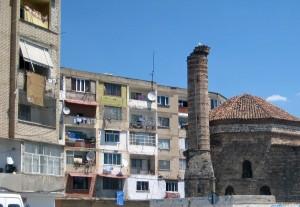 Naziresha-Moschee vor der Restauration