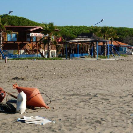 Geschlossene Strandbars
