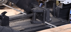 Sizing and placing all thread in a vise