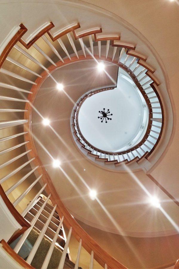 stairway-spiral-pine-stairs