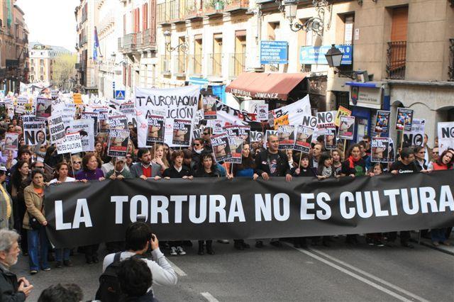 """LA PLATAFORMA ANTITAURINA """"LA TORTURA NO ES CULTURA"""" - el blog de Alba Online"""
