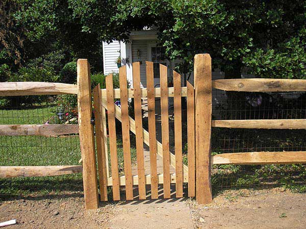 4' Gate Standard with Arch on Split Rail