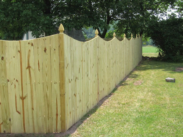 5' Privacy Fence with Dip and Gothic Posts
