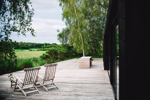 Why You Should Get Your Deck Installed in Early Spring