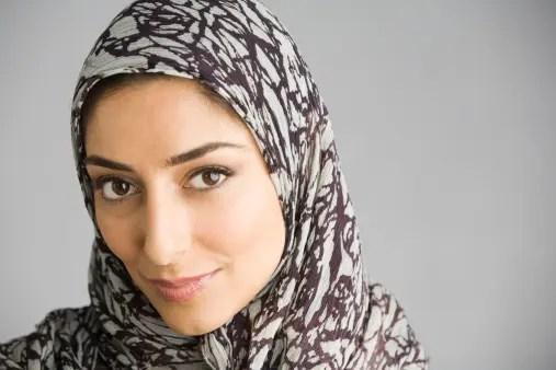 https://i2.wp.com/www.albawaba.com/sites/default/files/im/Muslim_woman_wearing_hijab.jpg