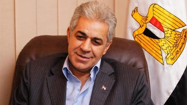 الكاتب الصحفي حمدين