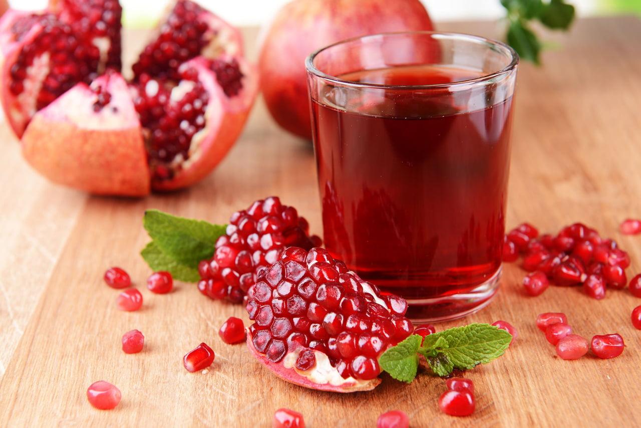 عصير الرمان 10 فوائد غذائية هامة للجسم - البيان الصحي - حياة - البيان