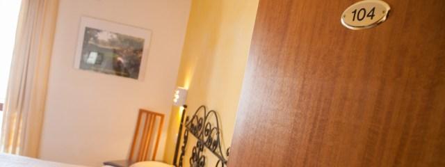 Bedroom 104 Su Ghindalu