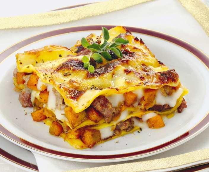 lasagne-zucca-e-salsiccia