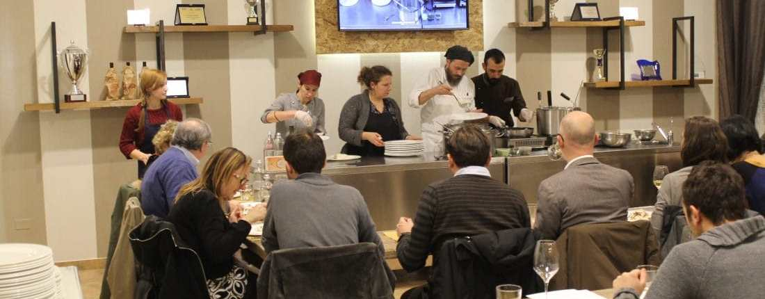 serata show cooking