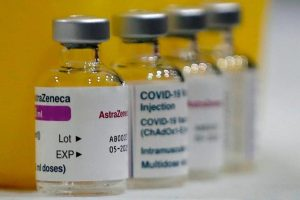 Canadian doctors say lowering age limit for AstraZeneca vaccine makes sense as cases increase – Port Alberni Valley News
