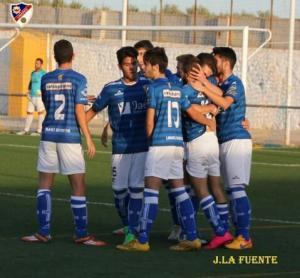 El Linares celebra un gol | J. La Fuente