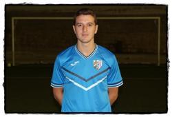 Garrido posa con la camiseta del Atlético Jaén | lapreferente.com