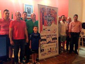 Miembros de la directiva del nuevo club | Iliturgi CF