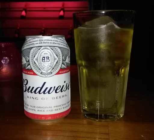 Cervesa amb gel al Vietnam