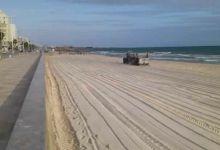 Photo of موفى مارس انطلاق برنامج التنظيف الالي للشواطئ
