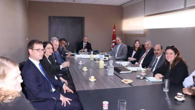 Photo of وزير الشؤون المحلية والبيئة يتابع مشروع استصلاح وتثمين سبخة السيجومي في اطار التعاون التونسي الفنلندي .