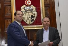 Photo of توقيع اتفاق الزيادة في الاجور في الوظيفة العمومية والغاء اضراب يومي 20 و21 فيفري 2019