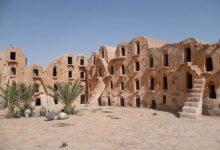 Photo de Aujourd'hui, cap sur la Tunisie et le mythique Sahara, un lieu chargé d'histoires aux côtés des tous derniers habitants de la région.
