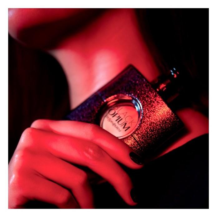 parfum femei Opium Black Yves Saint Laurent Notino